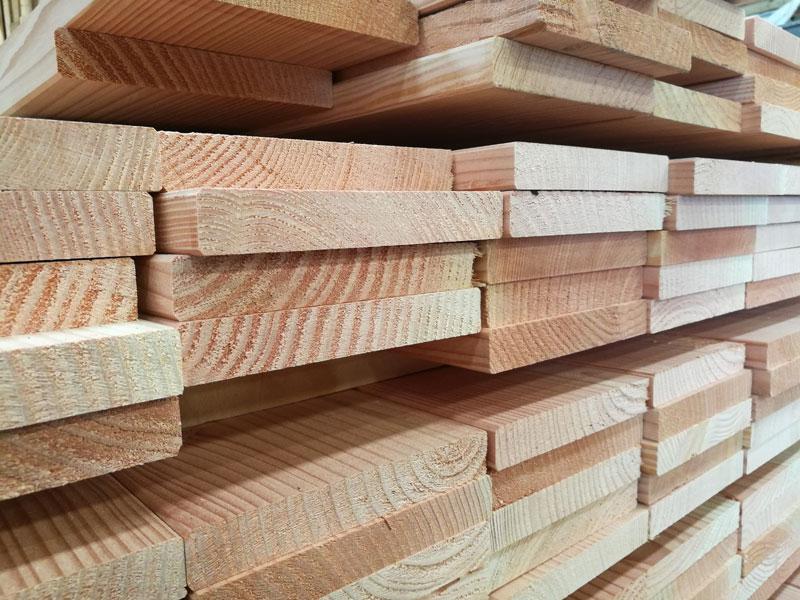 Douglas brædder og planker er velegnede til redekasser